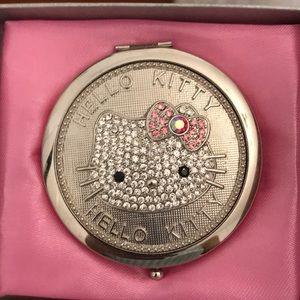 ON HOLD‼️NIB Hello Kitty collectors vintage mirror